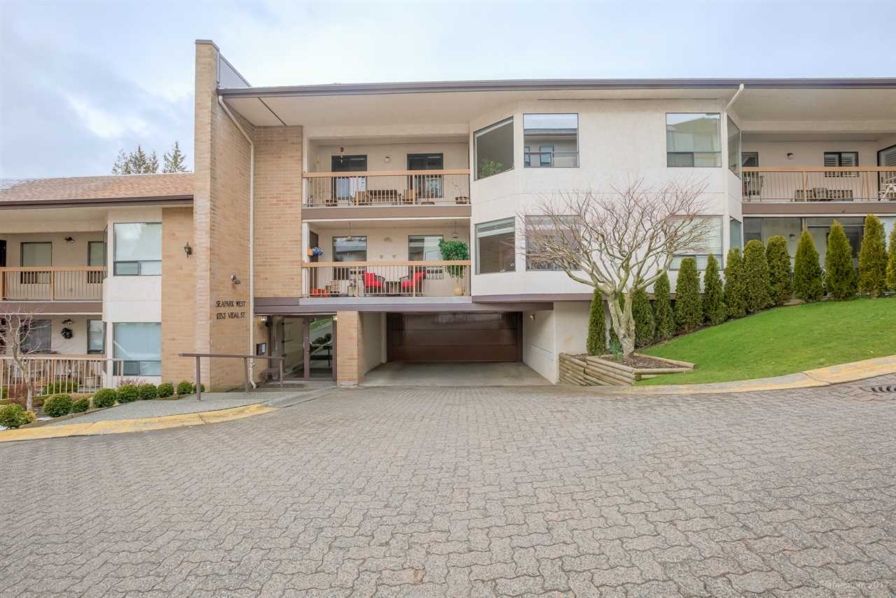 "Main Photo: 411 1353 VIDAL Street: White Rock Condo for sale in ""SEA PARK WEST"" (South Surrey White Rock)  : MLS® # R2144450"