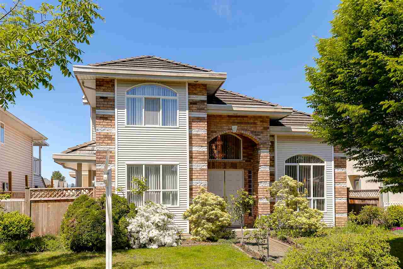 Main Photo: 1323 DAN LEE Avenue in New Westminster: Queensborough House for sale : MLS(r) # R2168999