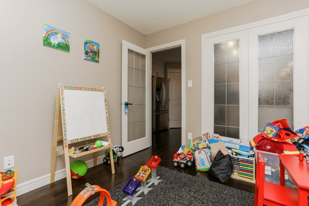 Photo 11: 602 178A Street in Edmonton: Zone 56 House for sale : MLS® # E4066657