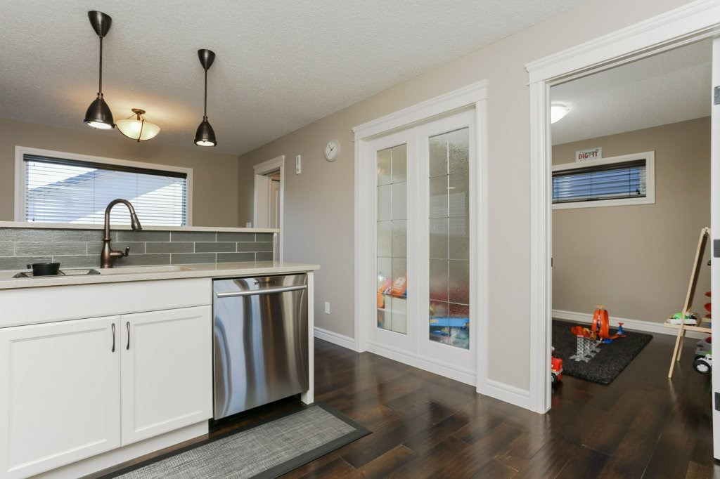 Photo 10: 602 178A Street in Edmonton: Zone 56 House for sale : MLS® # E4066657