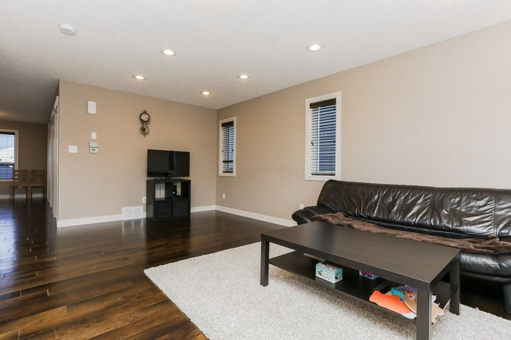 Photo 3: 602 178A Street in Edmonton: Zone 56 House for sale : MLS® # E4066657