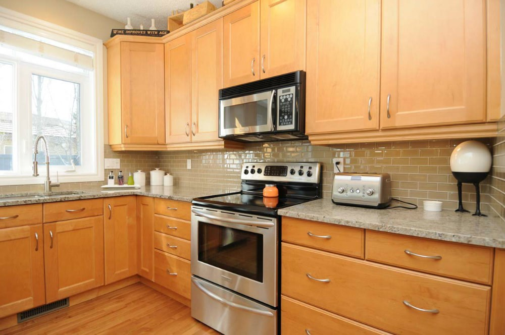 Photo 5: 20 PRESTIGE Point in Edmonton: Zone 22 House for sale : MLS(r) # E4067391