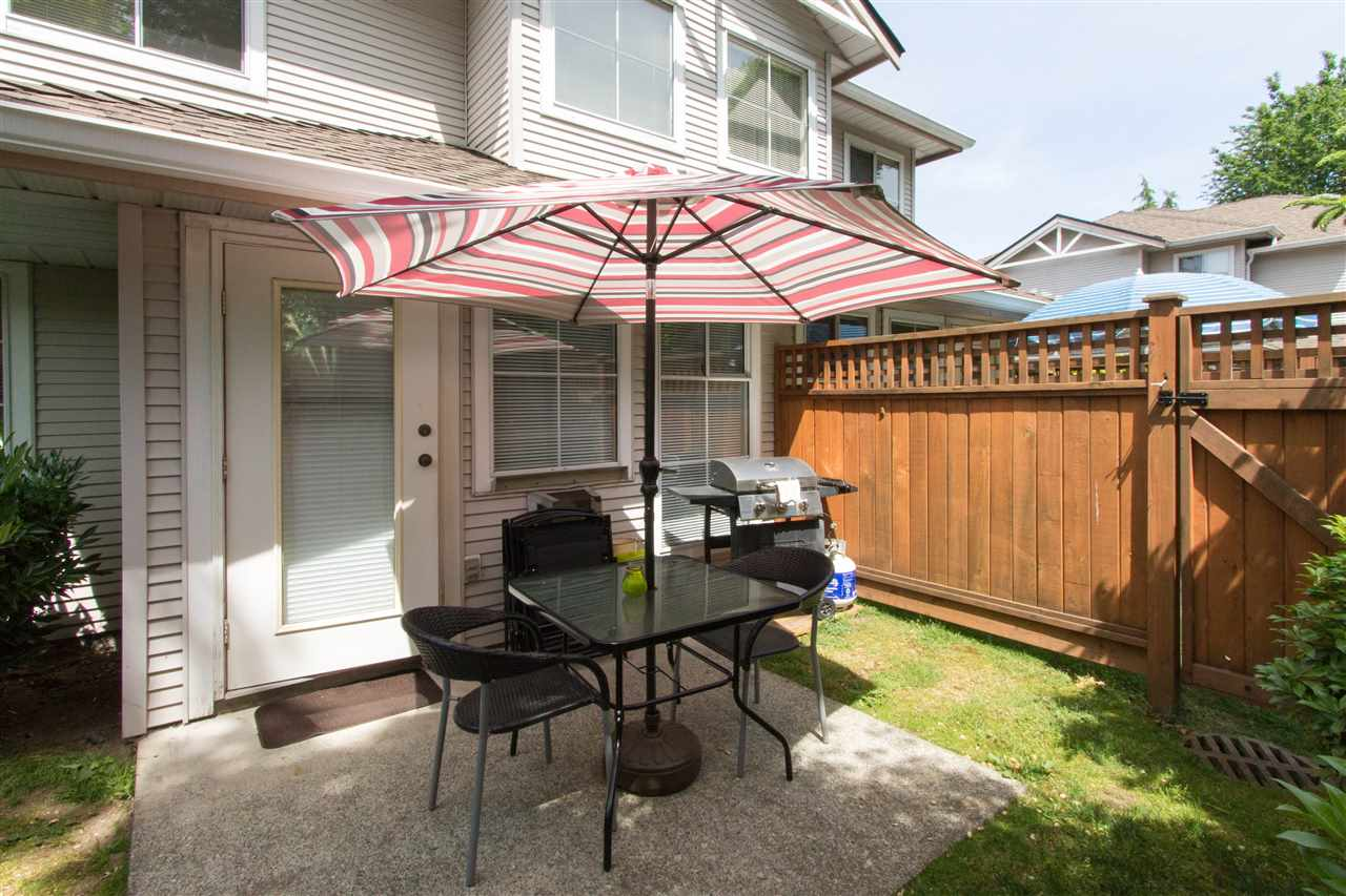 "Photo 20: 10 12188 HARRIS Road in Pitt Meadows: Central Meadows Townhouse for sale in ""WATERFORD PLACE"" : MLS(r) # R2174526"