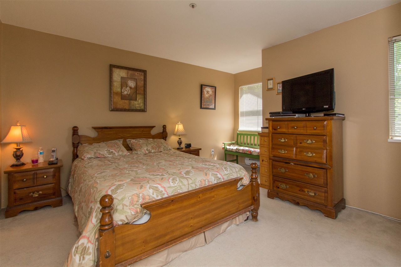 "Photo 13: 10 12188 HARRIS Road in Pitt Meadows: Central Meadows Townhouse for sale in ""WATERFORD PLACE"" : MLS(r) # R2174526"