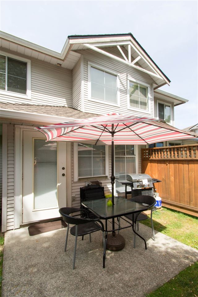 "Photo 18: 10 12188 HARRIS Road in Pitt Meadows: Central Meadows Townhouse for sale in ""WATERFORD PLACE"" : MLS(r) # R2174526"