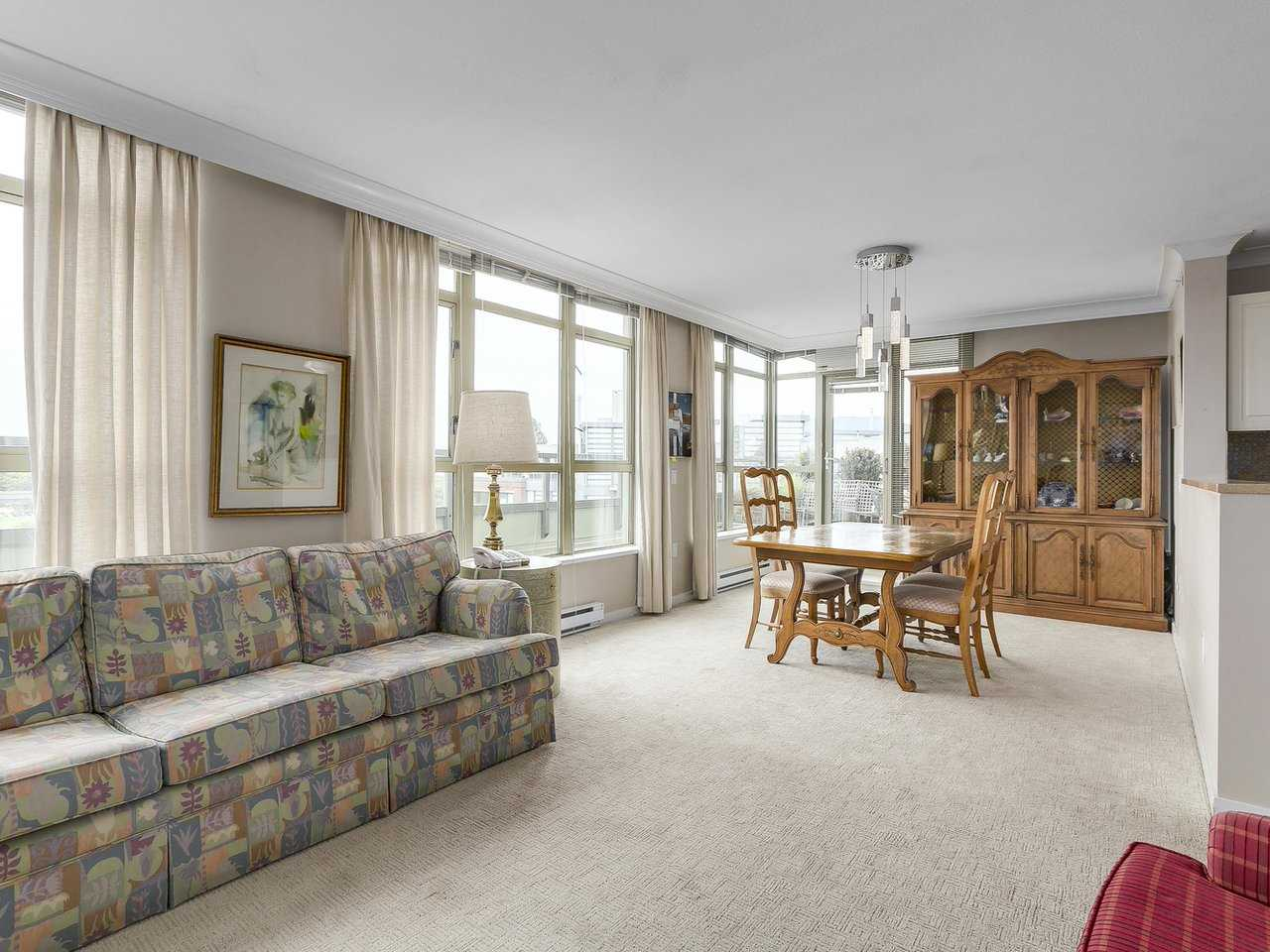 "Photo 3: 701 2799 YEW Street in Vancouver: Kitsilano Condo for sale in ""TAPESTRY AT ARBUTUS WALK (O'Keefe)"" (Vancouver West)  : MLS(r) # R2178410"