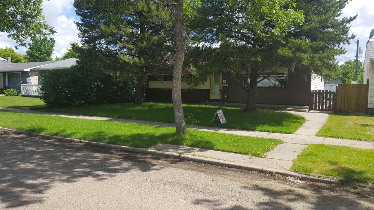 Main Photo: 13031 115 Street NW in Edmonton: Zone 01 House for sale : MLS® # E4069433
