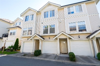 "Main Photo: 53 21535 88 Avenue in Langley: Walnut Grove Townhouse for sale in ""Redwood Lane"" : MLS(r) # R2181953"