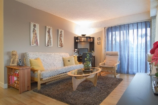 "Main Photo: 402 47 AGNES Street in New Westminster: Downtown NW Condo for sale in ""FRASER HOUSE"" : MLS(r) # R2190008"