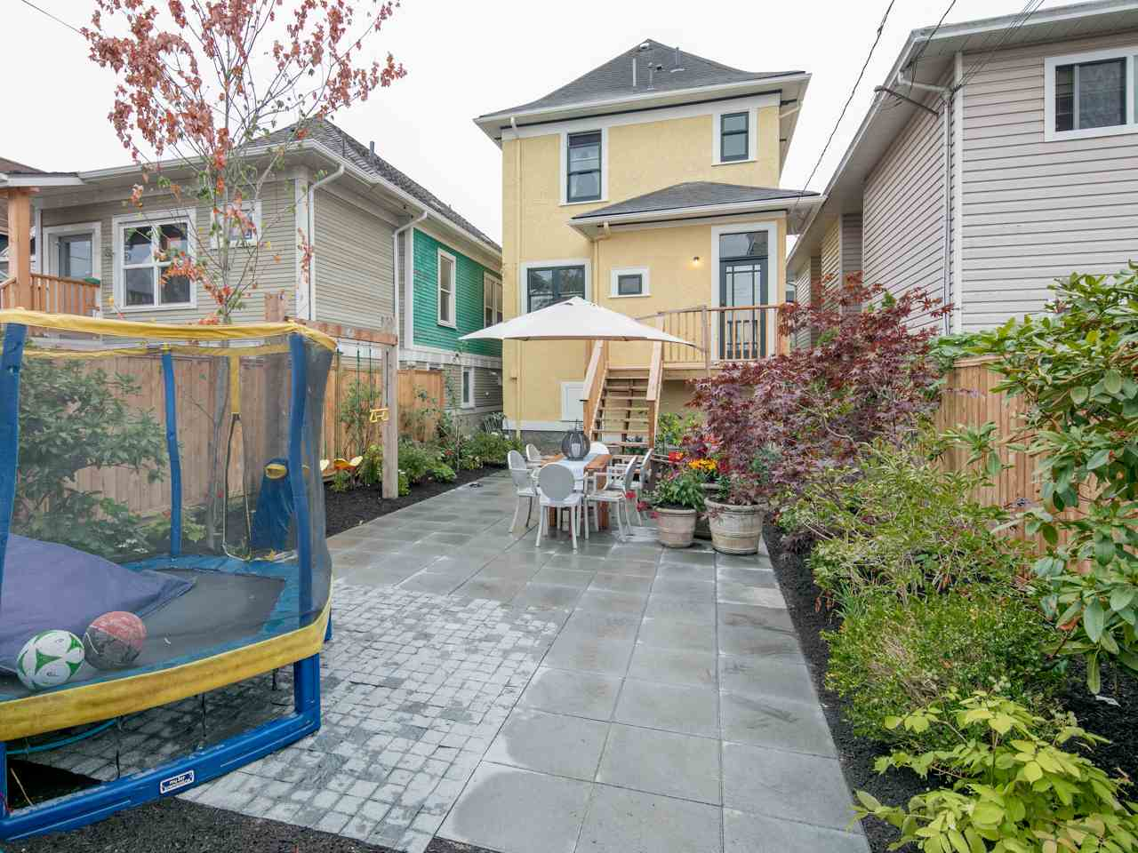 Photo 17: 1137 E PENDER Street in Vancouver: Mount Pleasant VE House for sale (Vancouver East)  : MLS® # R2204220