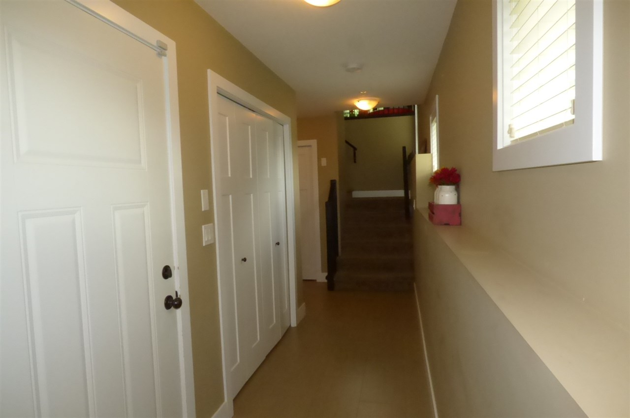 Photo 3: Photos: 1 5257 MARKEL Drive in Sardis: Promontory House 1/2 Duplex for sale : MLS® # R2207006