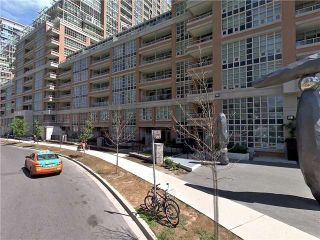 Main Photo: 627 85 East Liberty Street in Toronto: Niagara Condo for sale (Toronto C01)  : MLS® # C4023458