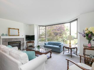 "Main Photo: 202 2108 W 38TH Avenue in Vancouver: Kerrisdale Condo for sale in ""The Wilshire"" (Vancouver West)  : MLS®# R2282081"