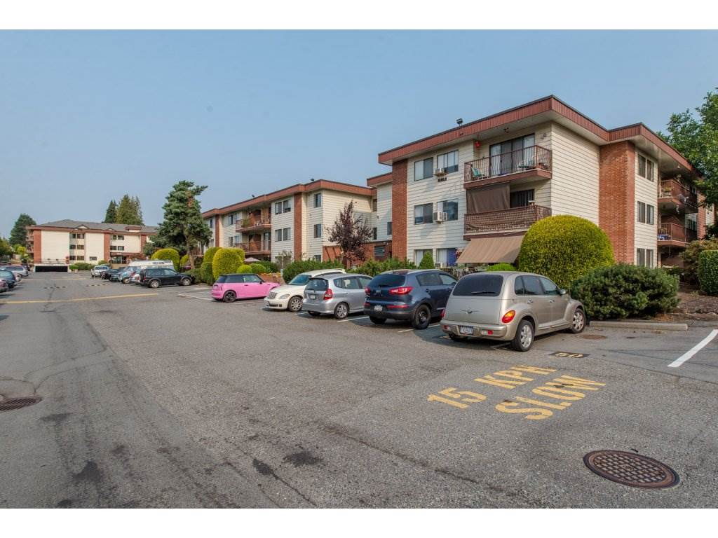 "Main Photo: 105 1909 SALTON Road in Abbotsford: Central Abbotsford Condo for sale in ""Forest Village"" : MLS®# R2295842"