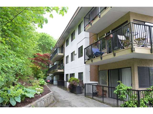 Main Photo: 105 195 Mary Street in Port Moody: Port Moody Centre Condo for sale : MLS® # V952914