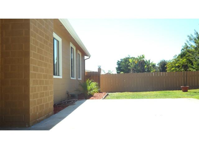 Photo 15: SERRA MESA House for sale : 3 bedrooms : 2142 Cardinal Drive in San Diego