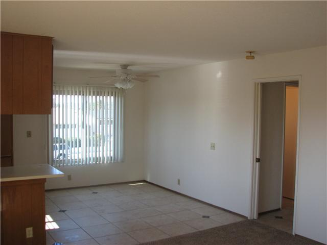 Photo 3: CLAIREMONT Home for sale or rent : 2 bedrooms : 4415 Clairemont #3 in San Diego
