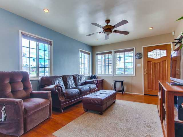 Photo 3: SAN DIEGO House for sale : 3 bedrooms : 240 Santa Rosalia Drive