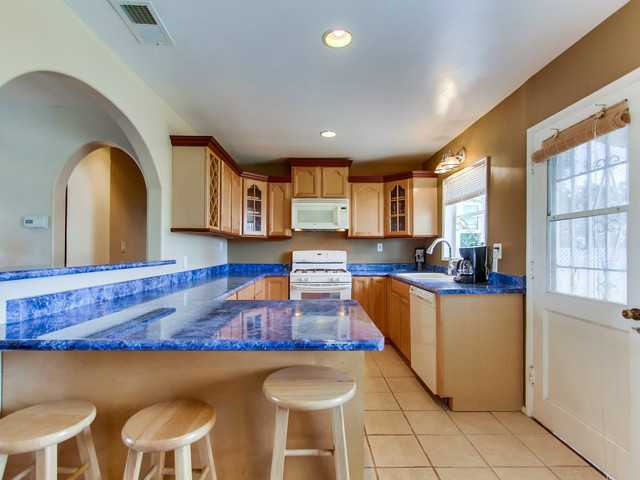 Photo 5: SAN DIEGO House for sale : 3 bedrooms : 240 Santa Rosalia Drive