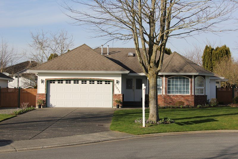 "Main Photo: 21825 45A Avenue in Langley: Murrayville House for sale in ""Murrayville"" : MLS(r) # R2038789"