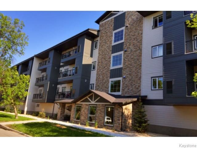 Main Photo: 216 Melrose Avenue West in Winnipeg: Transcona Condominium for sale (North East Winnipeg)  : MLS®# 1605012