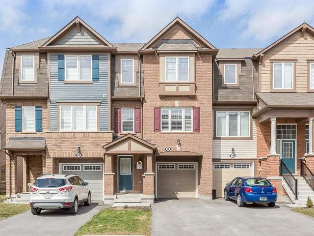 Main Photo: 68 Vanhorne Close in Brampton: Northwest Brampton House (3-Storey) for sale : MLS®# W3454348