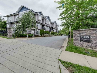 "Main Photo: 10 11255 132 Street in Surrey: Bridgeview Townhouse for sale in ""FRASERVIEW TERRACE"" (North Surrey)  : MLS® # R2086692"
