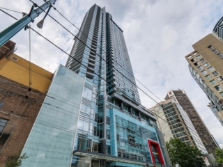 "Main Photo: 2003 833 SEYMOUR Street in Vancouver: Downtown VW Condo for sale in ""CAPITAL RESIDENCES"" (Vancouver West)  : MLS®# R2087892"