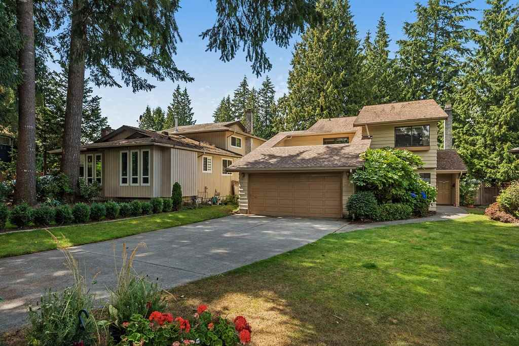 "Main Photo: 4577 196A Street in Langley: Brookswood Langley House for sale in ""MASON HEIGHTS"" : MLS®# R2093399"