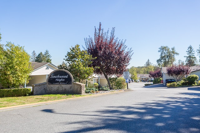 "Main Photo: 24 11464 FISHER Street in Maple Ridge: East Central Townhouse for sale in ""Southwood Heights"" : MLS® # R2108498"