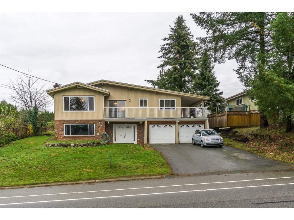 Main Photo: 2316 BEVAN Crescent in Abbotsford: Abbotsford West House for sale : MLS®# R2125473