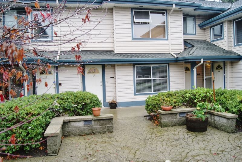 "Main Photo: 16 5664 208 Street in Langley: Langley City Townhouse for sale in ""The Meadows"" : MLS(r) # R2125895"