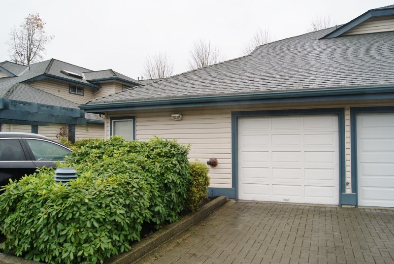 "Photo 13: 16 5664 208 Street in Langley: Langley City Townhouse for sale in ""The Meadows"" : MLS(r) # R2125895"