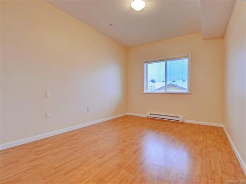 Photo 10: 206 360 Goldstream Avenue in VICTORIA: Co Colwood Corners Condo Apartment for sale (Colwood)  : MLS(r) # 372772