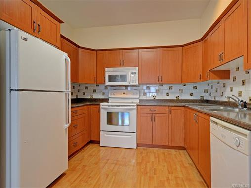 Photo 7: 206 360 Goldstream Avenue in VICTORIA: Co Colwood Corners Condo Apartment for sale (Colwood)  : MLS(r) # 372772