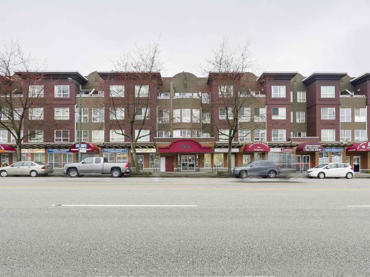 Main Photo: PH10 760 KINGSWAY in Vancouver: Fraser VE Condo for sale (Vancouver East)  : MLS®# R2148591