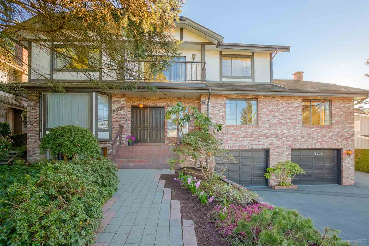 "Main Photo: 7505 LAMBETH Drive in Burnaby: Buckingham Heights House for sale in ""BUCKINGHAM HEIGHTS"" (Burnaby South)  : MLS® # R2161414"