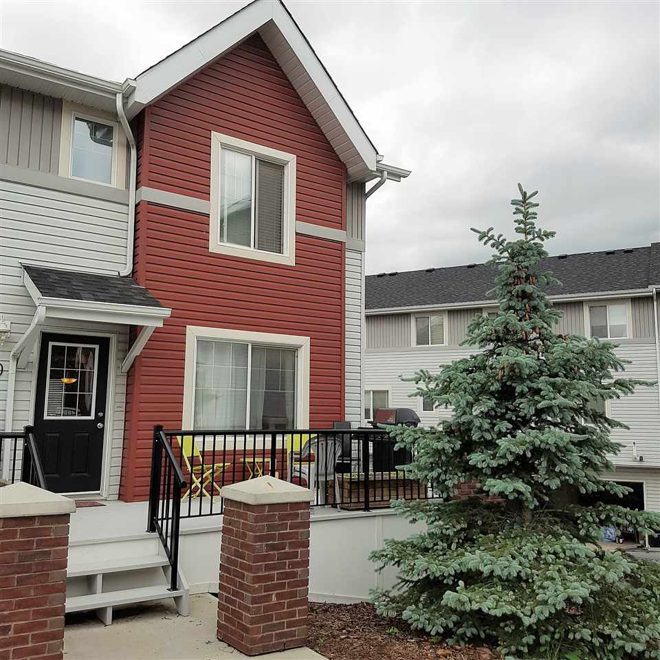 Photo 1: 90 2336 ASPEN Trail: Sherwood Park Townhouse for sale : MLS® # E4068607