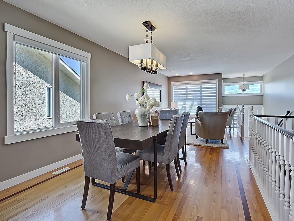 Photo 10: 31 WOODMONT Way SW in Calgary: Woodbine House for sale : MLS(r) # C4125485