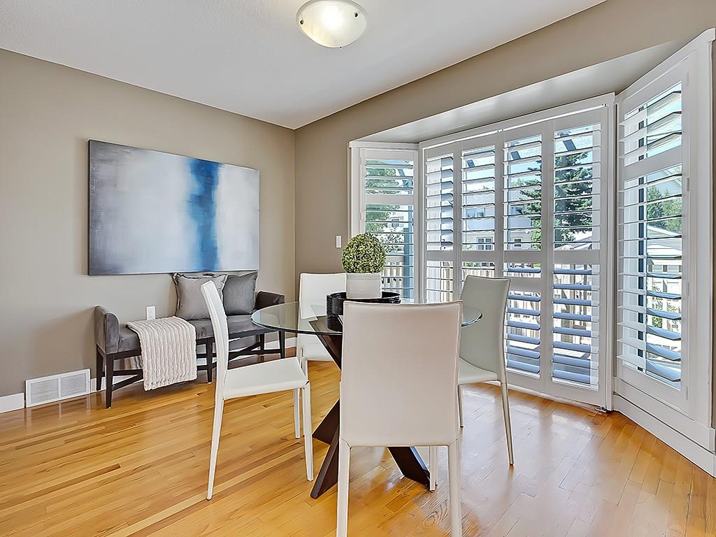 Photo 15: 31 WOODMONT Way SW in Calgary: Woodbine House for sale : MLS(r) # C4125485