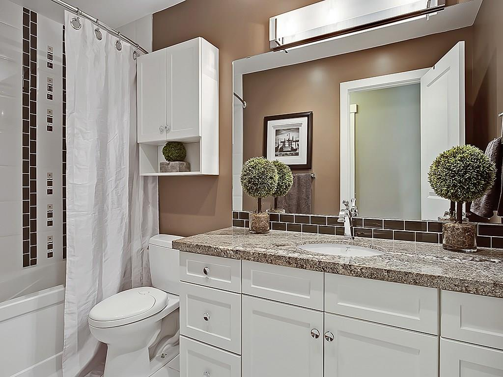 Photo 20: 31 WOODMONT Way SW in Calgary: Woodbine House for sale : MLS(r) # C4125485