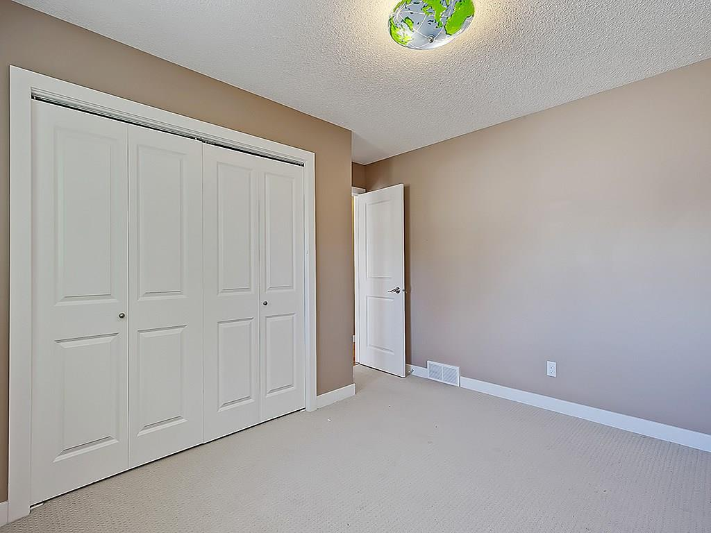 Photo 28: 31 WOODMONT Way SW in Calgary: Woodbine House for sale : MLS(r) # C4125485