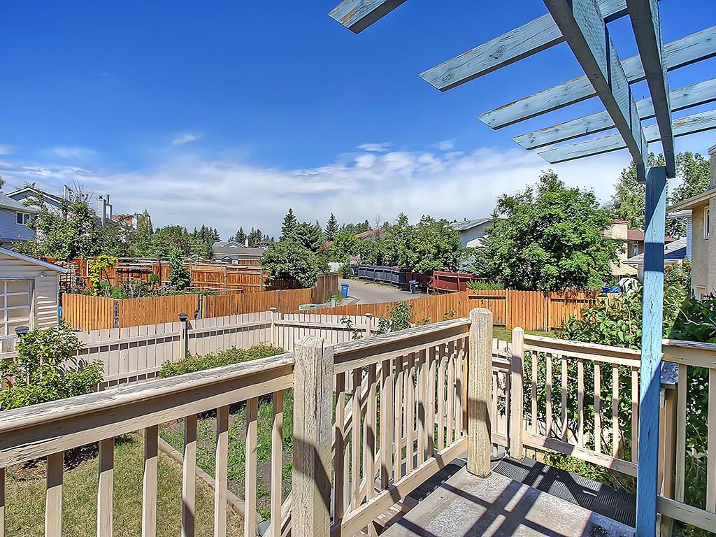 Photo 43: 31 WOODMONT Way SW in Calgary: Woodbine House for sale : MLS(r) # C4125485