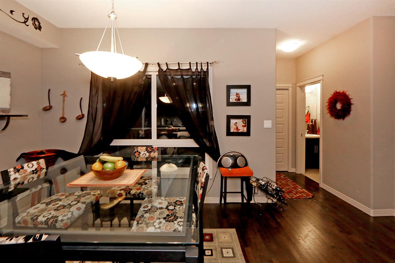 Photo 12:  in Edmonton: Zone 27 Townhouse for sale : MLS(r) # E4073931