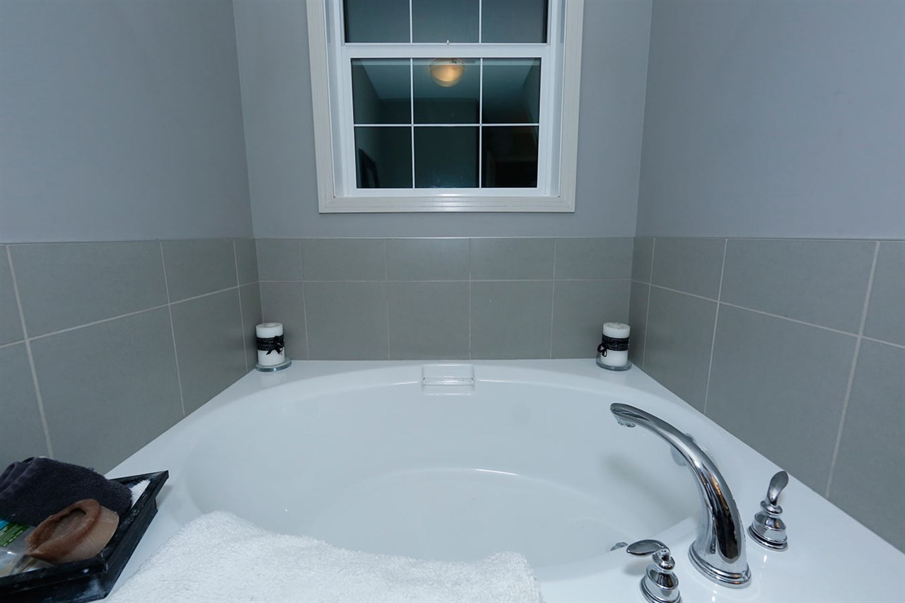 Photo 27:  in Edmonton: Zone 27 Townhouse for sale : MLS(r) # E4073931
