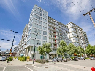 Main Photo: 713 1887 CROWE Street in Vancouver: False Creek Condo for sale (Vancouver West)  : MLS® # R2196156