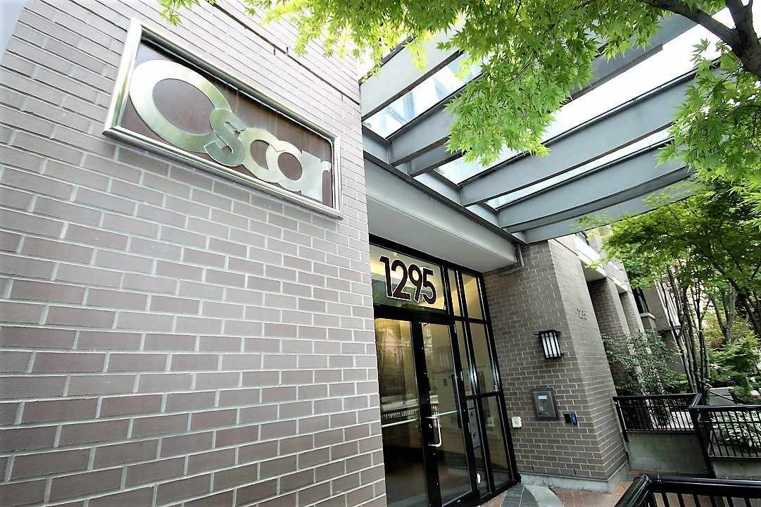 "Main Photo: 1604 1295 RICHARDS Street in Vancouver: Downtown VW Condo for sale in ""OSCAR"" (Vancouver West)  : MLS® # R2197162"