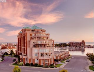 Main Photo: 409 75 Songhees Road in VICTORIA: VW Songhees Condo Apartment for sale (Victoria West)  : MLS® # 387191
