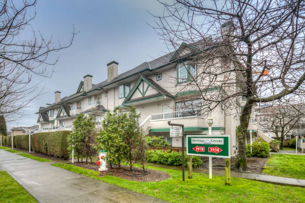 "Main Photo: 212 3978 ALBERT Street in Burnaby: Vancouver Heights Townhouse for sale in ""HERITAGE GREEN"" (Burnaby North)  : MLS®# R2237019"