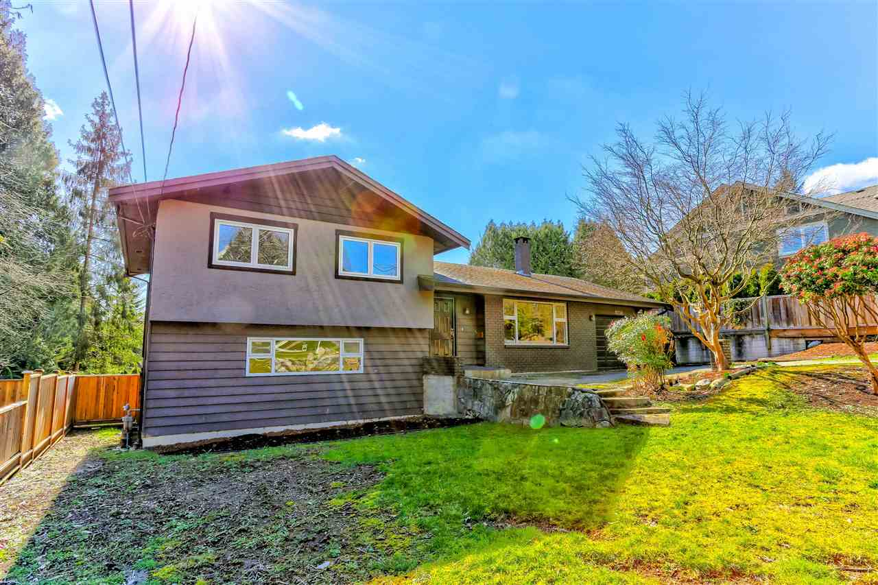 Main Photo: 8236 GOVERNMENT Road in Burnaby: Government Road House for sale (Burnaby North)  : MLS®# R2248187